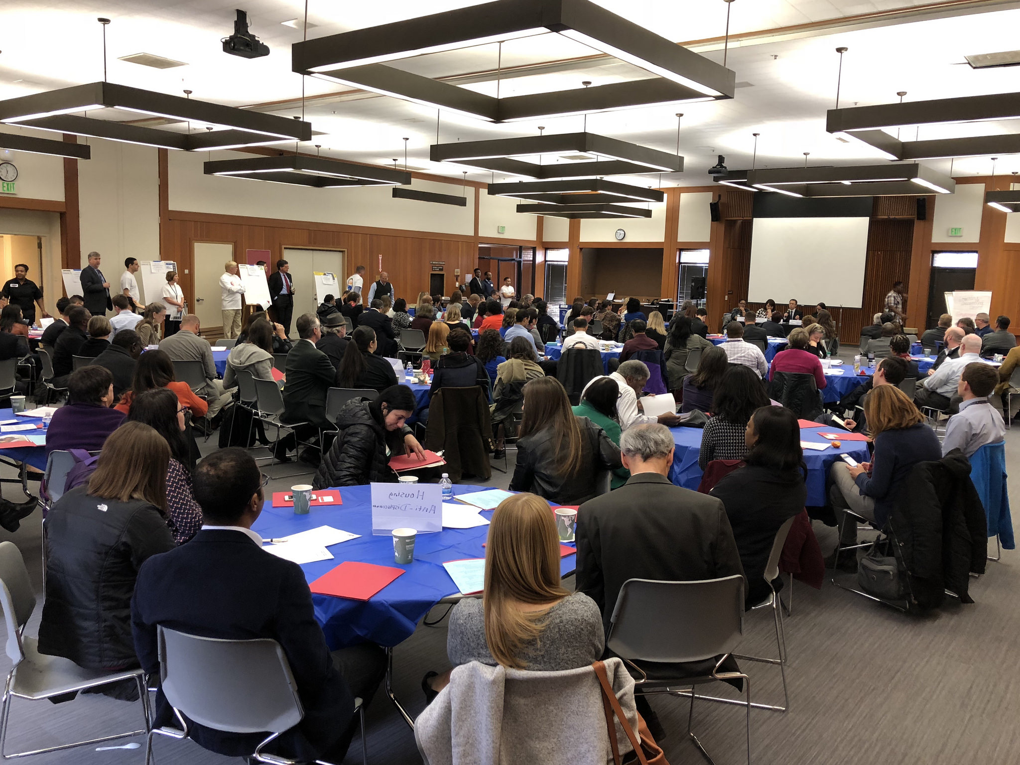 Photo of the attendees at the Alameda County Homelessness Solutions Summit 2018